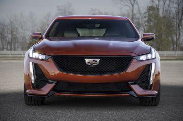 2020-Cadillac-CT5-V-003