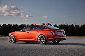 2020-Cadillac-CT5-V-004