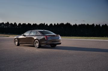 2019-Cadillac-CT6-V-015