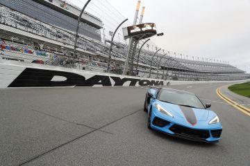 Corvette-Stingray-2021-Daytona500-PaceCar