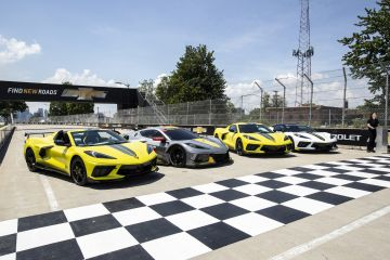 2022-Chevrolet-Corvette-Stingray-IMSA-GTLM-Championship-Edition-005