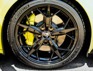 2022-Chevrolet-Corvette-Stingray-IMSA-GTLM-Championship-Edition-010