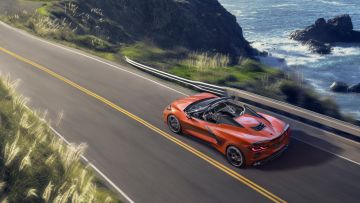 2020-Chevrolet-Corvette-Stingray-Convertible-003