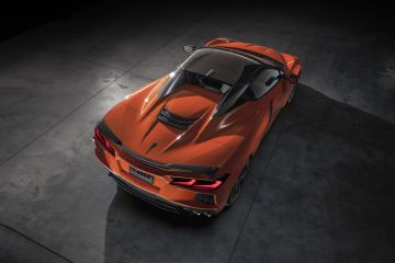 2020-Chevrolet-Corvette-Stingray-Convertible-004