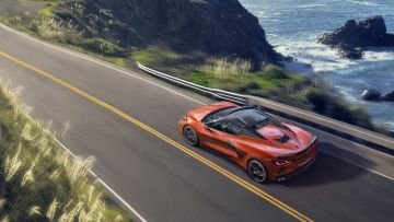 2020-Chevrolet-Corvette-Stingray-Convertible-005