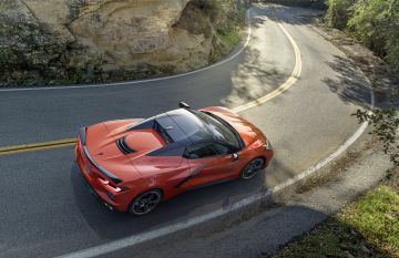 2020-Chevrolet-Corvette-Stingray-Convertible-006