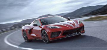 2020-Chevrolet-Corvette-Stingray-004