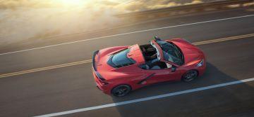 2020-Chevrolet-Corvette-Stingray-005