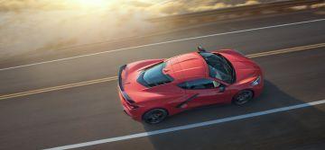 2020-Chevrolet-Corvette-Stingray-006