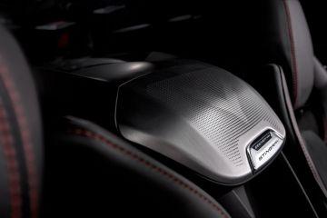 2020-Chevrolet-Corvette-Stingray-017