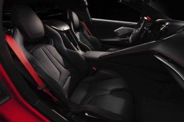 2020-Chevrolet-Corvette-Stingray-020