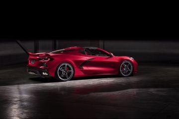 2020-Chevrolet-Corvette-Stingray-023