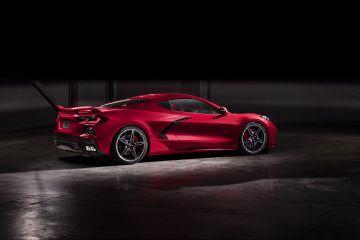 2020-Chevrolet-Corvette-Stingray-024