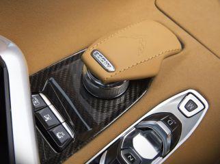2020-Chevrolet-Corvette-Stingray-026