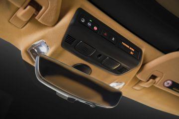 2020-Chevrolet-Corvette-Stingray-030