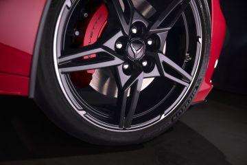 2020-Chevrolet-Corvette-Stingray-037