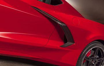 2020-Chevrolet-Corvette-Stingray-044