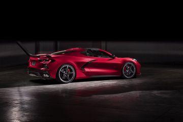 2020-Chevrolet-Corvette-Stingray-056
