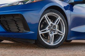 2020-Chevrolet-Corvette-Stingray-166