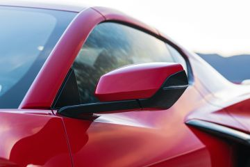2020-Chevrolet-Corvette-Stingray-176