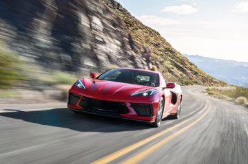 2020-Chevrolet-Corvette-Stingray-190