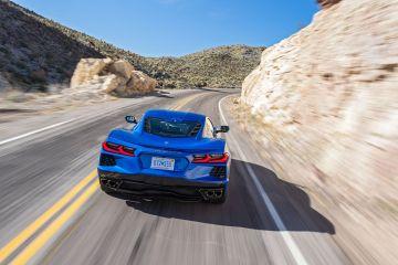 2020-Chevrolet-Corvette-Stingray-195