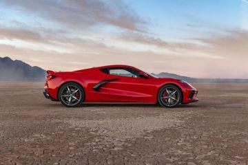 2020-Chevrolet-Corvette-Stingray-206