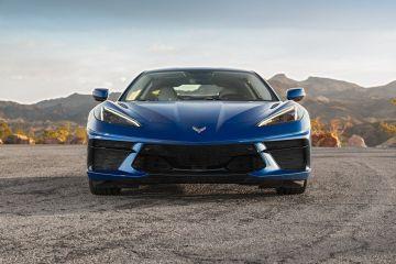 2020-Chevrolet-Corvette-Stingray-210