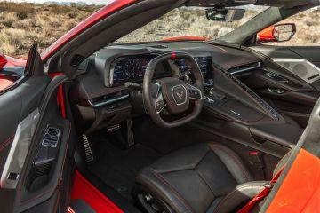 2020-Chevrolet-Corvette-Stingray-213