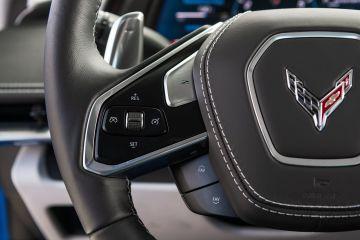 2020-Chevrolet-Corvette-Stingray-215