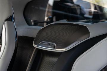 2020-Chevrolet-Corvette-Stingray-216