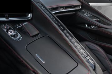 2020-Chevrolet-Corvette-Stingray-224