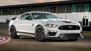 2021-ford-mustang-mach-1