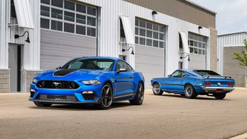 2021-ford-mustang-mach-1_10