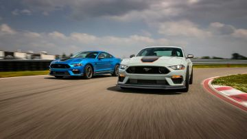 2021-ford-mustang-mach-1_16